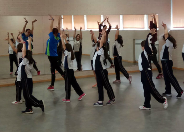 Extraescolar: Baile en Colegio Diocesano Cardenal Cisneros